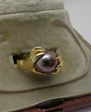 Vintage heavy 18ct gold Tahitian black pearl  French designer hands ring 7.5g