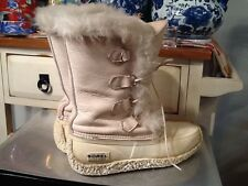 WOMEN'S SOREL WINTER SNOW IVORY BOOTS MADE IN CANADA  SIZE 8