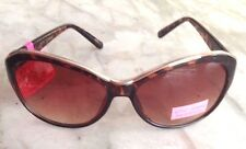 NWT Betsey Johnson Cat Eye Gold Trim Sunglasses Tortoise Brown Frame MSRP $60