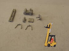 P&D Marsh N Gauge N Scale MV250 3 tonne fork lift truck kit requires painting