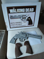 THE WALKING DEAD Resin Kit RICK GRIMES` COLT  PYTHON 1:1 * OVP