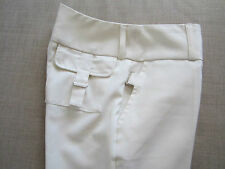 Elegant white plead pants