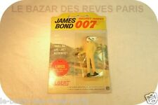 James Bond 007. Personnage GILBERT.  Largo.