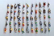 25 Preiser Figuren sitzend - von Hand bemalt - Spur H0 - NEU