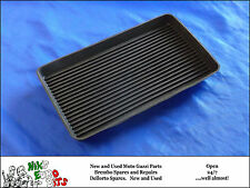 MOTO GUZZI V35 / V50 / V65 / T3 / SP1000 / LEMANS I/II RUBBER BATTERY MAT