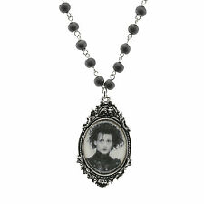 Necklace Cameo Edward Scissorhands Collier Camée Edward aux Mains d'Argent RARE