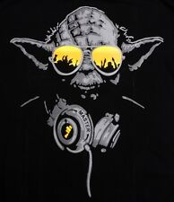 Yoda DJ Hip Hop Jedi Master Headphones Yellow Glasses Man T-shirt star wars (M)