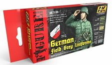 AK Interactive AKI-3140 AK Interactive Figure Series: German Field Gray Uniforms