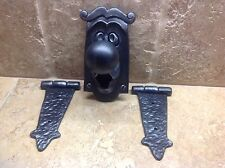 "Disney Alice In Wonderland ""Doorknob and Hinges"". Non-Working"