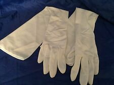 "Vintage Victorian 22"" Long White Opera Gloves Pearl Buttons 19822 Made in Japan"