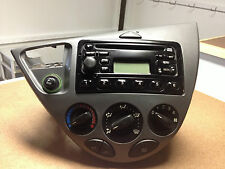 2000 FORD FOCUS ZX3 CD PLAYER/RADIO CLIMATE CONTROL OEM *DISPLAY IS FADED CT