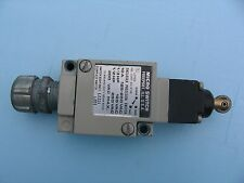 Microswitch enclosed limit switch