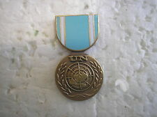 MILITARY MEDAL HAT PIN - UNITED NATIONS SERVICE MEDAL