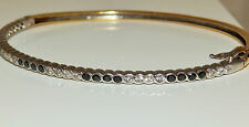 A FINE 18ct YELLOW GOLD SAPPHIRE & DIAMOND  BANGLE BRACELET 9.6g