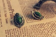 Clasic style vintage Stud Earrings Green color gemstone immitation