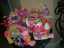 My Little Pony  Ponyville   LOT OF TOYS
