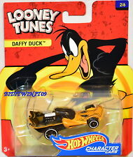 HOT WHEELS 2017 CHARACTER CARS LOONEY TUNES DAFFY DUCK