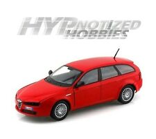 MOTOR MAX 1:24 ALFA ROMEO 159 SW WAGON DIE-CAST RED 73372
