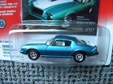 1975 CHEVY CAMARO          2000 JOHNNY LIGHTNING CLASSIC GOLD COLLECTION  1:64