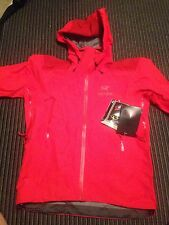 New Arc'teryx Men's Beta AR Gore-Tex Jacket Medium Cardinal Red