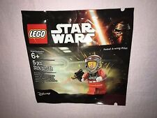 LEGO STAR WARS REBEL A-WING PILOT IN HAND **NEW**