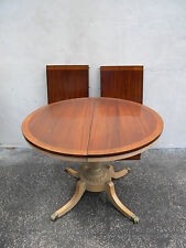 Distress Painted Mahogany Round Dining Table with 2 Leaves 5862