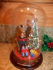 "GLASS DOME DIORAMA Decorated Christmas Tree, Soldiers, Drum & more 6.75"" high"