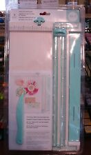 """We R Memory Keepers ~ Trim & Score Board 12"""" ~ Folds Out ~ Paper Trimmer & Score"""