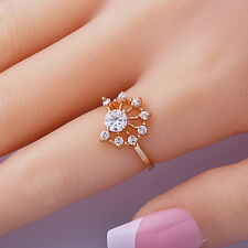 Womens 14K gold filled  Clear Cubic Zirconia Flower engagement Ring Size 7