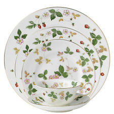 Wedgwood Wild Strawberry China  60Pc Set, Service for 12