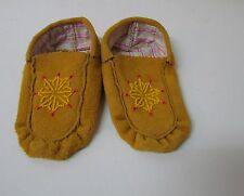 TANNED NATIVE AMERICAN MOCCASIN, 6 INCHES, YOUTH WITH BEAD WORK DESIGN