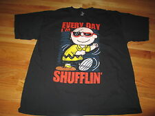 "Peanuts CHARLIE BROWN ""EVERY DAY I'M SHUFFLIN'"" (XL) T-Shirt"