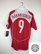 Turkey HAKAN SUKUR #9 04/06 *BNWT* Home Football Shirt (M) Soccer Jersey