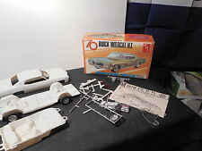 Model Kit 70 Buick Wildcat H.T.