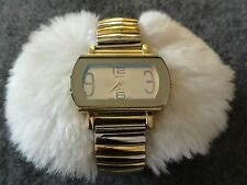 Terner Quartz Ladies Watch with a Stretch Band