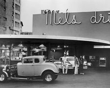 AMERICAN GRAFFITI HOT ROD CAR BY MELS DINER 8X10 GLOSSY PHOTO PICTURE