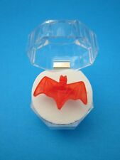 "1966 VINTAGE BATMAN & ROBIN GUMBALL MACHINE "" BAT RING ""  with very cool case !"