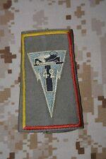 P013 passant d'épaule insigne militaire écusson armée galon militaria collection