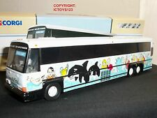 CORGI 98652 MCI 102 DL3 PACIFIC COAST SEAWORLD AMERICAN DIECAST MODEL COACH BUS