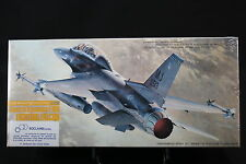 XN034 HASEGAWA 1/72 maquette avion 815 800 General Dynamics F-16D Fighting NB