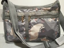 NWT LeSportsac Deluxe Everyday Bag No Pouch $82 All A Flutter