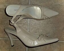 "NEW NINE WEST *DEWEY* BONE LEATHER POINTED-TOE SLINGBACK 3.5"" PUMPS - LADIES 6M"