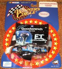 NASCAR - DIE CAST KEVIN HARVICK #29 RACE CAR - BLUE NIP