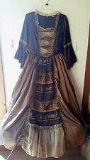 Medieval Renaissance Queen Dress