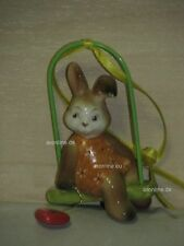 +# A016979_03 Goebel Archiv Muster Ostern Ornament Hängeschaukel mit Hase Bunny