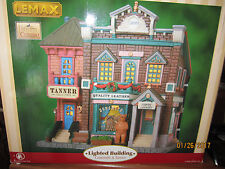 "TRAIN GARDEN VILLAGE HOUSE NEW  "" The GUN SHOP & TANNER "" + DEPT 56/LEMAX info"