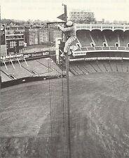 """NEW YORK YANKEE STADIUM CLASSIC PAINTING TO FOUL POLE AND FACADE B/W 8X10 """"L@@K"""