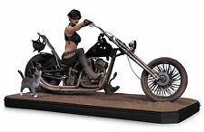 Catwoman Gotham City Garage 15.5 x 8.5 Inch Porcelain Statue DC Collectibles Com