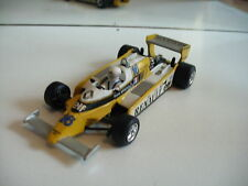 Quartzo Renault RE 20 Rene Arnoux in Yellow on 1:43