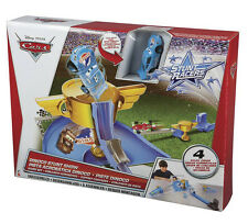 Disney Cars Dinoco Stunt Show Stunt Set Playset Spielset Pixar Mattel Y1329
